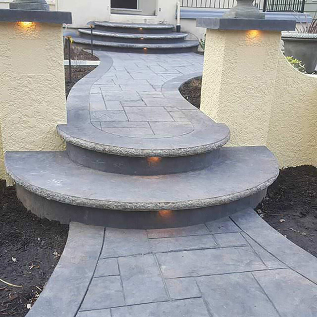 Cantilever front entry steps