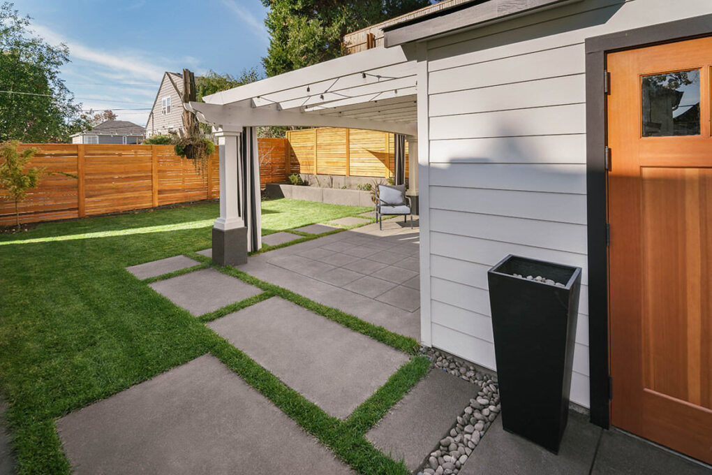 9 alameda sand finish concrete outdoor living space