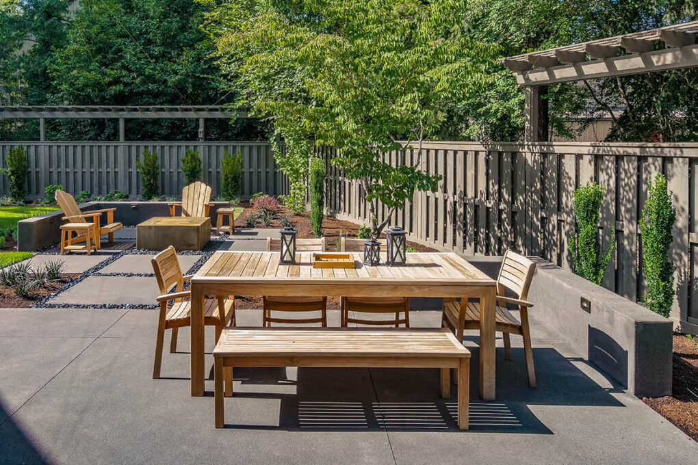 2 cedar hills outdoor patio dining