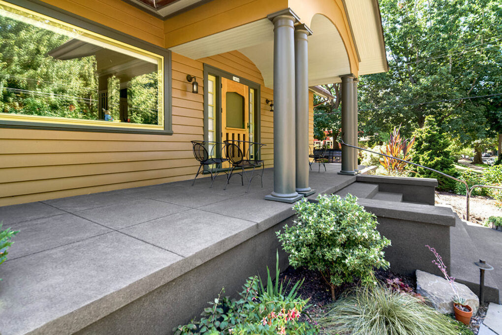 3 irvington sand finish cantaliever front porch